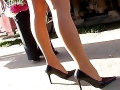 Amateur was flashing up skirt thong