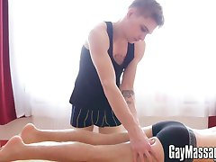 Innocent looking twink Robbie Kasl has a passion for massage