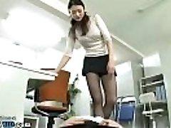 japoneze tanar si matura domină co lucrător în birou - mai multe la elitejavhd.com