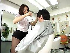 Avs-museum100438 Érotiques Mini Jupe salon de coiffure Reiko Nakamori Sc1 non censurée