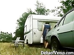 Retro Porno 1970s - Hairy Dark-haired - Camper Coupling