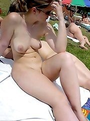 Nude & Topless Beach Girls Get Caught On Camera