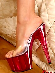 Horny Blondes Foot Worshipping