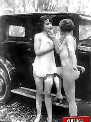 Vintage car lovers go nude