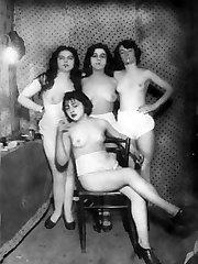 Naked vintage girl pics