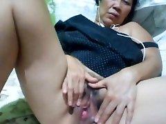 Filipino grannie 58 fucking me stupid on web cam. (Manila)1