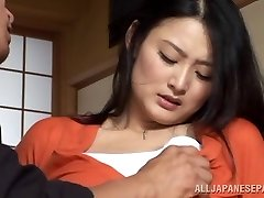 Housewife Risa Murakami toy porked and gives a suck off
