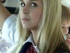 אוטובוס מלא בלונדינית בנות בית הספר 3