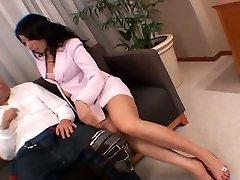 Whorish Chinese secretary masturbates her twat right in front of her boss