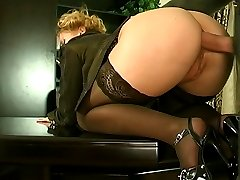 Blonde secretary having an additional task while spreading her butt cheeks