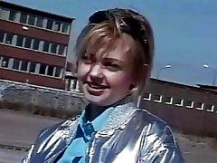 Fudendo a Novinha Sueca de 18 aninhos