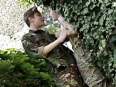army-dropouts-scene 2