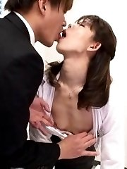 Japanese AV Model receives warm stimulation OfficeSexJp.com