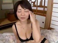 Japonijos karšto milf, žr. aprašymą daugiau