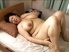 Japan ginormous beautiful woman Mamma