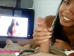 AsianSexPornocom - Indonesien Maid Schwanz Saugen