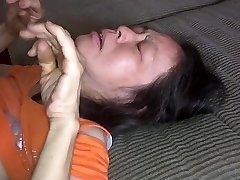 Chinesische Frau liebt es von hinten