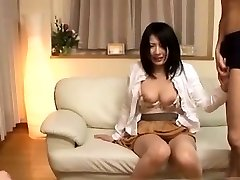 Seductive Chinese Babe Pulverizing
