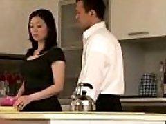 Japanische milf Hausfrau bekommen es auf
