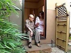 יפנית אמא ואבא החוק