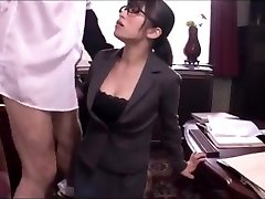 Japanese office dame blowjob service
