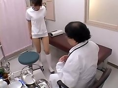 Asian broad with sexy tits gets her ass-cheek finger-banged in sex film