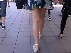 Wondrous  Legs Walk 006