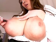 Hitomi Tanaka Phat Tit Assistant