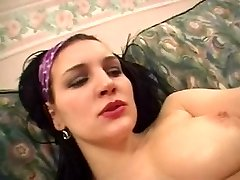 Arab bitch likes her pussy lubricious