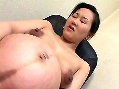 asiatiske preggo 01