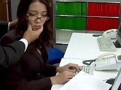 Subtitles - Chief fucked her asian secretary Ibuki