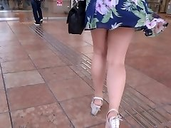 Gorgeous Legs Walk 006