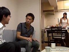 Eriko Miura mature and kinky Asian nurse in position 69
