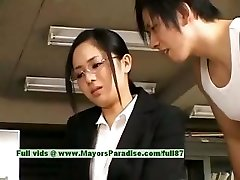 Sora Aoi ártatlan rossz ázsiai titkár élvezi egyre szar a szünet