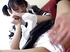 Yuki Hoshino, Ázsiai szobalány, élvezi a szexet, a mester