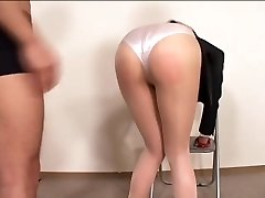 Officelady in sheer stockings