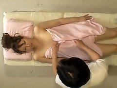 Kinky Jap široko ima tiča v skrite cam masaža soba video