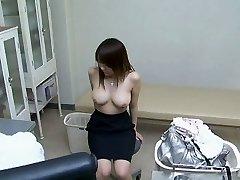 Ženska, ki se uporablja za njen ginekolog 1. Del