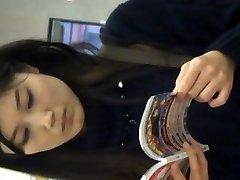 Japonský upskirt video 2