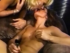 Foursome lezzies strap on dildo fucking and toying their asses