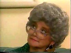 दादी डलास - करता है 1990