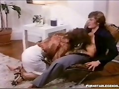 Classic anal fucking for huge-titted Veronica Hart