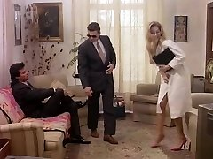 Business woman in retro porno blessed to gives in ass and cunt