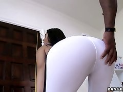 Sporty and fit Valentina Nappi blacked savagely in hardcore clip
