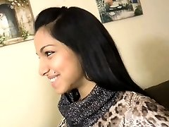 Ultra-cute Indian Lady First Time - your-cams.com