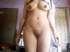 Super Torrid Phat Boobs Desi Girl Nude Selfie