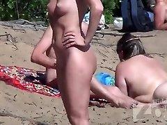 Mumbai Call Girls on a Nudist Beach - www.saumyagiri.co.in/city/mumbai/