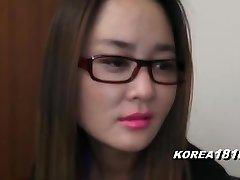 korea1818.com - nervózna kórejská dievča v okuliaroch