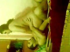 Arabské amatérske 3some s Egyptskými milf Chavi