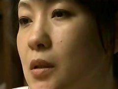 Steamy Japanese Mom 17